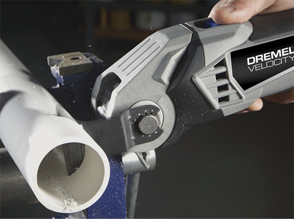 Dremel-VC60-Velocity-Tool-Cutting-Pipe
