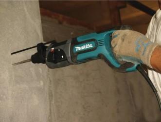 Makita-HR2475-Hammer-Drill